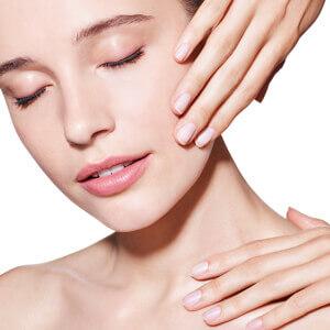 Nettoyage de peau - Soin doux et détoxifiant. Retrouvez un teint éclatant de douceur et de fraîcheur. Conseil Beauté : soin à effectuer avant chaque changement de saison et avant toute cure de soins spécifiques.